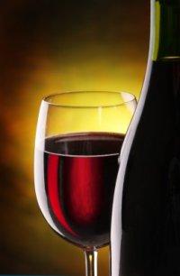 Красное вино - восхитительный подарок Диониса.